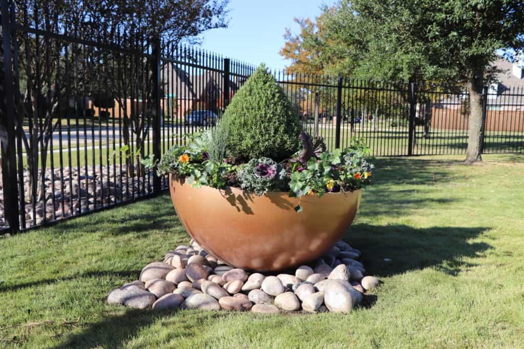 Steel planter pots